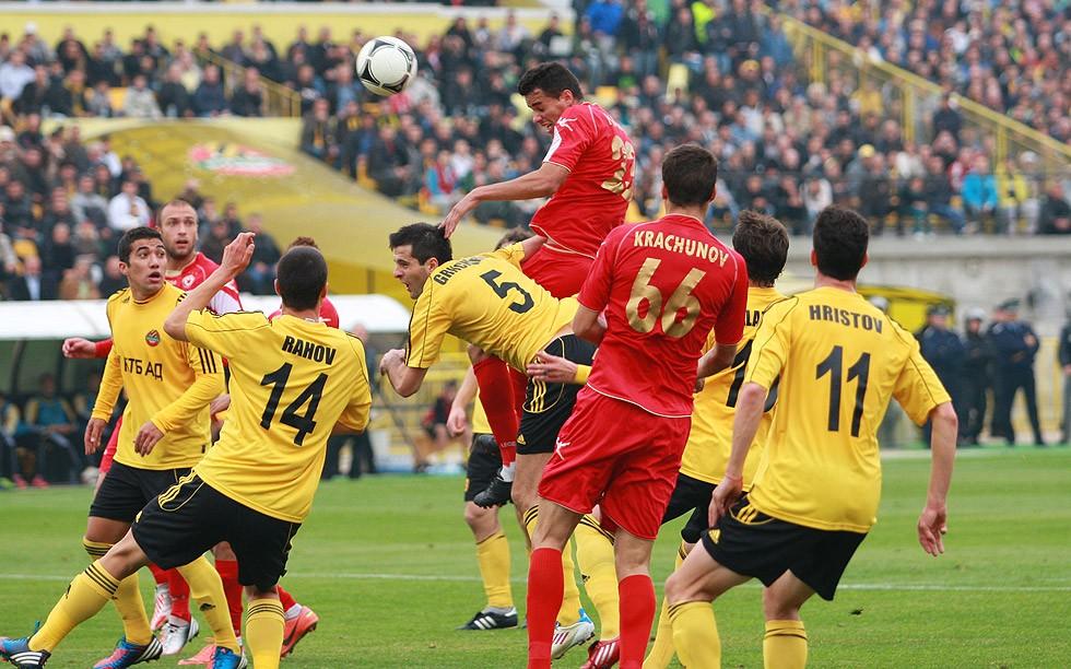 Ботев не успя да победи ЦСКА на своя стадион